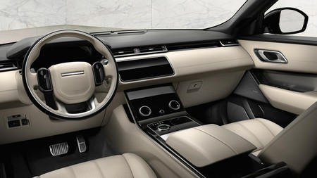 Rr Velar Interior Rr Uk May 17