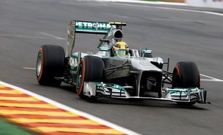 Lewis Hamilton se saca de la manga la pole más emocionante de la temporada