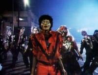 Plántale cara a Halloween con canciones molonas. ¡Y a bailar juntos!