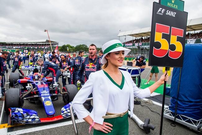 Ocho millones de dólares para sacar a Carlos Sainz de Red Bull