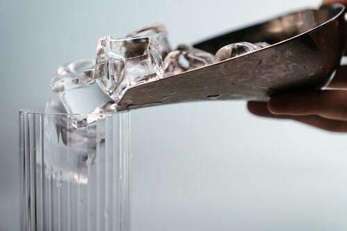 Las mejores cubiteras para hacer hielo según los comentaristas de Amazon