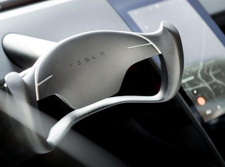 Tesla planea implementar robo taxis autónomos para 2020