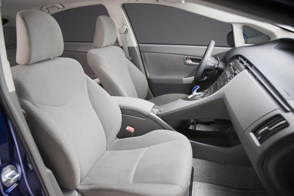 Foto de 2010 Toyota Prius (EEUU) (27/35)