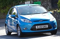 Ford Fiesta ECOnetic: 'hypermiling' a 2,6 l/100 km