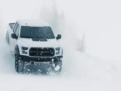 Ken Block y la nueva Ford Raptor saben cómo divertirse en temporada de nieve
