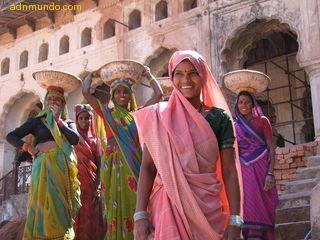 Día mundial del turismo dedicado la mujer