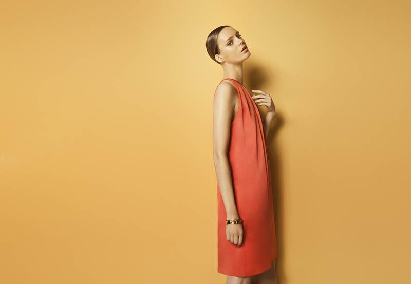 Foto de Más color y estilo casual en el lookbook de mayo de Massimo Dutti Primavera-Verano 2011 (1/13)