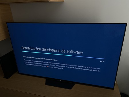 Los televisores Sony con Android TV ya pueden descargar una nueva actualización que sin embargo llega con pocas novedades