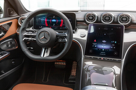 Mercedes-Benz Clase C 2021 interior