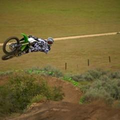 Foto 20 de 42 de la galería nueva-kawasaki-kx450f-2013-de-la-experiencia-del-ama-supercross-y-motocross-a-tu-garaje-accion en Motorpasion Moto
