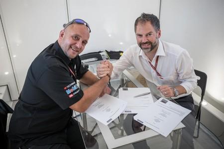 Los tentáculos de KTM se extienden en Moto2 con cinco motos a partir de 2018