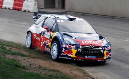 Rally de Alsacia 2012: Sébastien Loeb lidera seguido de cerca por Jari-Matti Latvala