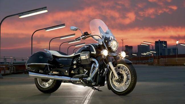 Moto Guzzi California Touring Ambassador