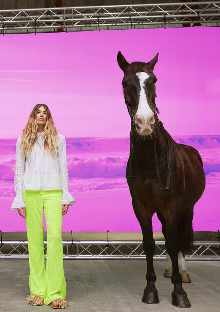 H&M Studio 2021: la nueva colección de venta exclusiva online que rinde homenaje a la fantasía, el arte y el vanguardismo