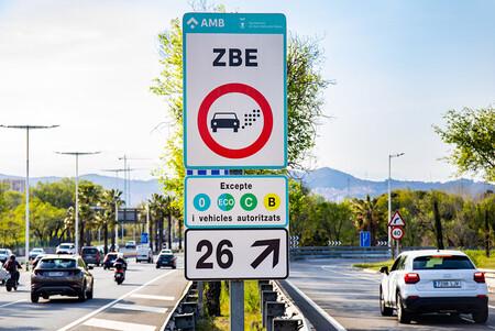 Confirmado: los coches con etiqueta B podrán circular por la ZBE de Barcelona en 2022