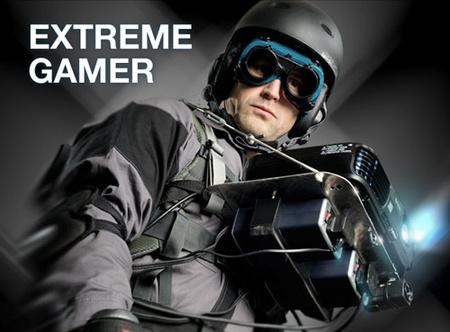 Extreme Gamer y su PlayStation 3 portátil. ¿Alguien tendría valor de salir así?