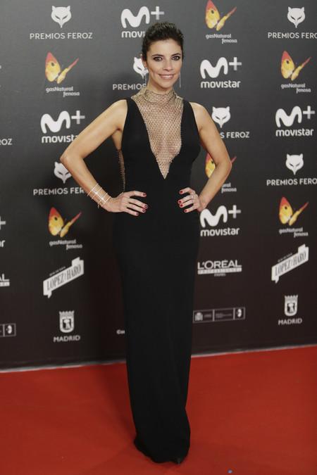 premios feroz alfombra roja look estilismo outfit Maribel Verdu