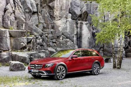 Mercedes-Benz Clase E All-Terrain, una forma muy elegante para ir de paseo al campo