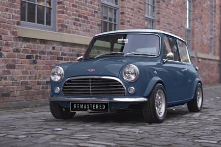 Así es el Mini Remastered de 60.000 euros, el restomod más cool que puedes comprar hoy