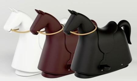 El caballo balancín de Marc Newson
