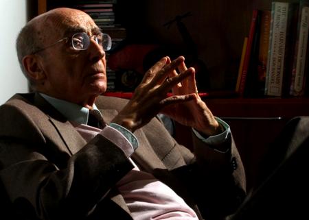 'El año de la muerte de Ricardo Reis' + 'Casi un objeto'
