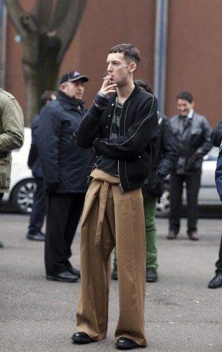 La moda del futuro: hay un mundo por descubrir tras los baggy pants y los pitillos