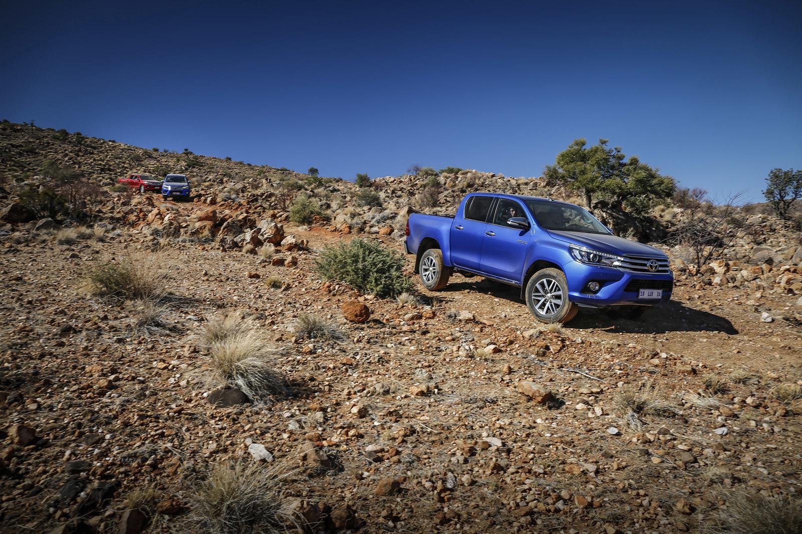 Foto de Toyota Hilux 2016 Namibia (65/74)