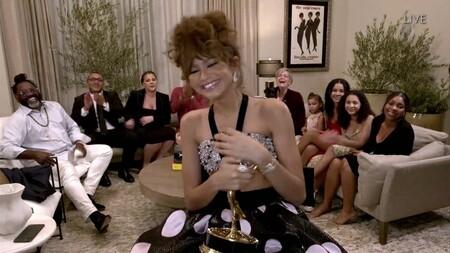 Las nueve actrices ganadoras de los premios Emmy 2020: sus vestidos, su estilo y las series por las que han ganado la estatuilla