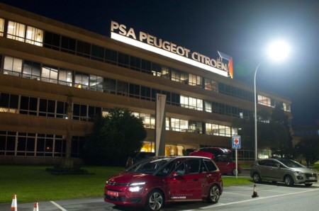 El coche autónomo de PSA ha vuelto a París sano y salvo