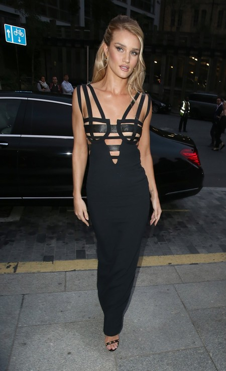 Alfombra Roja Gala Gq Hombre Ano Rosie Huntington Whiteley Versace Vintage