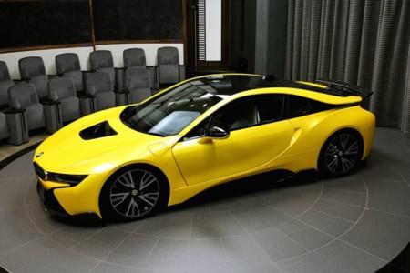 Yellow BMW i8