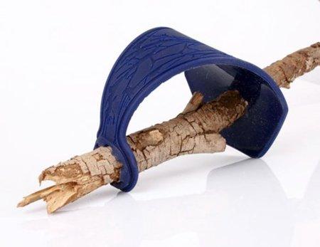 Branch Holder, la forma de convertir una rama en una espada