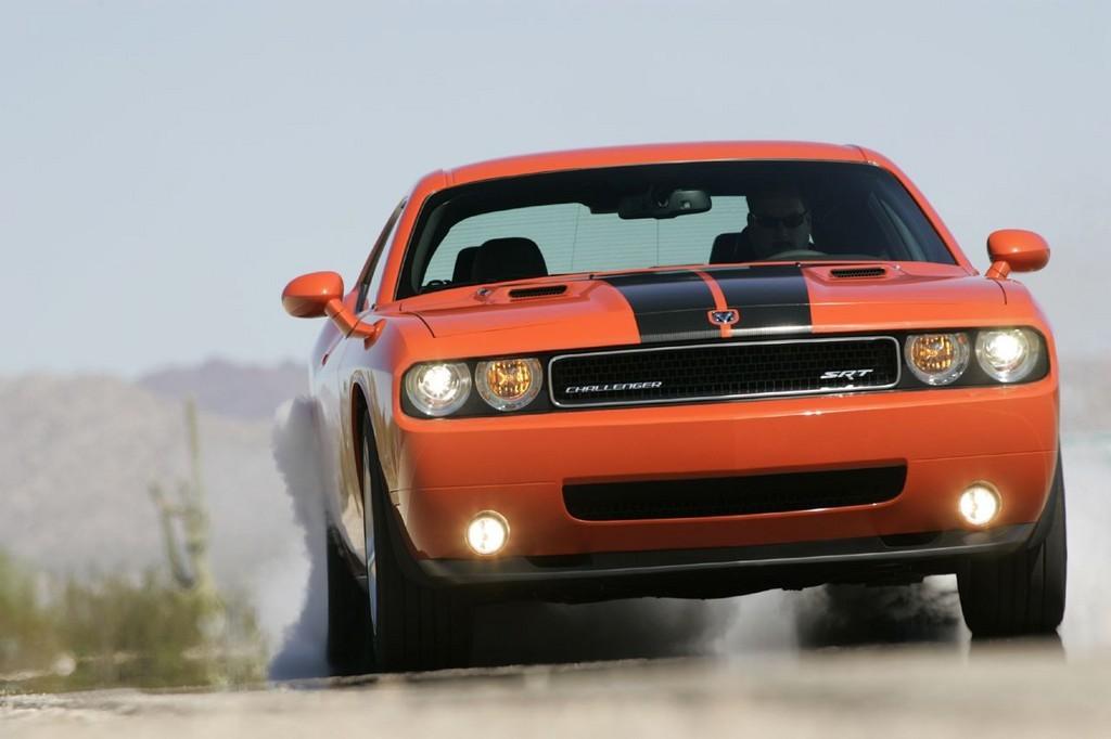 Foto de Dodge Challenger SRT8 (25/103)