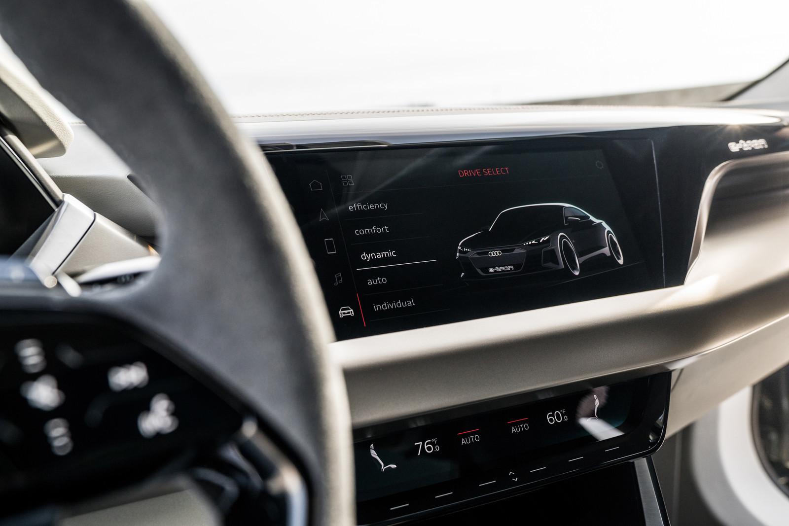 Foto de Audi e-tron GT concept 2018 (53/55)