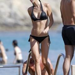 Foto 2 de 31 de la galería famosas-en-bikini-2009-segunda-parte en Poprosa