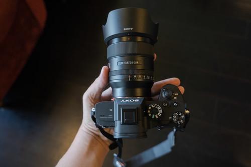 Sony FE 24 mm f1.4 GM: Información, toma de contacto y muestras del nuevo objetivo angular ligero y profesional de Sony
