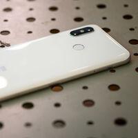 El Xiaomi Mi 8, lanzado hace tres años con MIUI 9, comienza a recibir la actualización MIUI 12.5