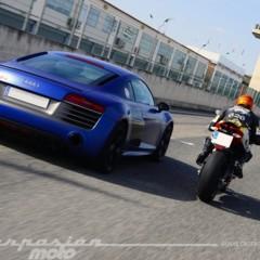 Foto 17 de 24 de la galería ducati-899-panigale-vs-audi-r8-v10-plus en Motorpasion Moto