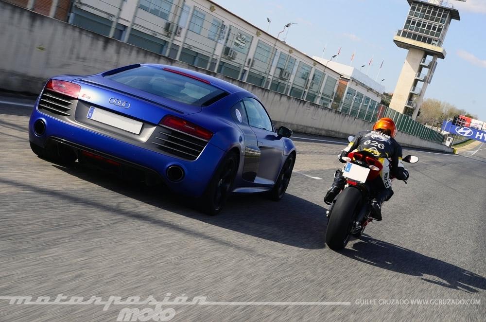 Foto de Ducati 899 Panigale Vs Audi R8 V10 Plus (17/24)