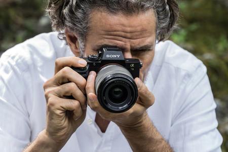 Sony A7 II, Canon EOS M50, Nikon D3500 y más cámaras, objetivos y accesorios en oferta: Llega Cazando Gangas