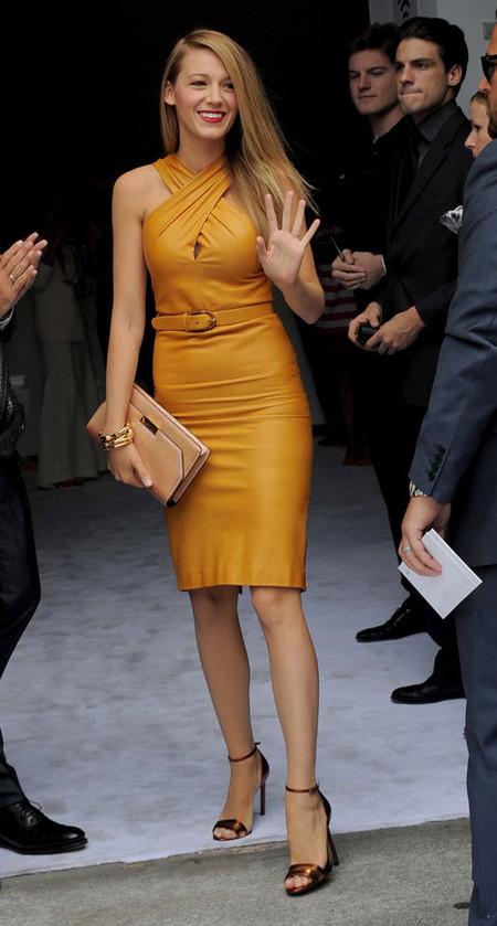 Blake Lively hace gala de un estupendo look otoñal en el desfile de Gucci