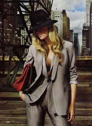 Trajes para ir al trabajo con estilo, gris