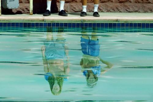 'Agua Donkeys': la gran sorpresa de Quibi es una comedia absurda que hereda el legado de 'Napoleon Dynamite'