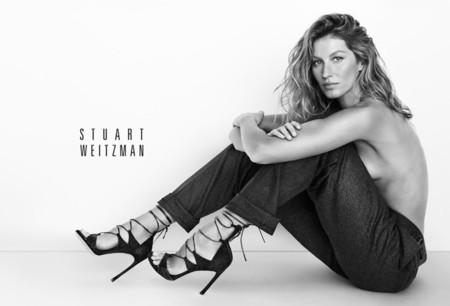 Gisele Bündchen empieza el año como lo terminó: presumiendo de zapato con Stuart Weitzman