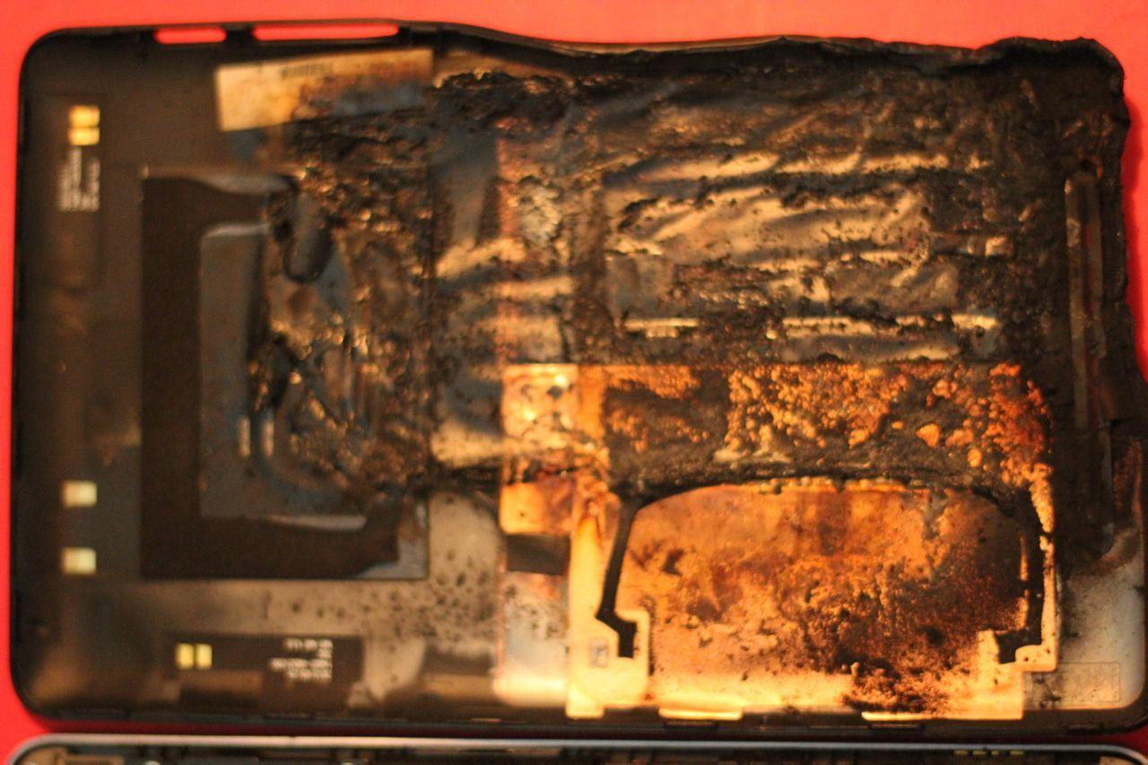 Foto de Nexus 7 Carbonizado (2/5)
