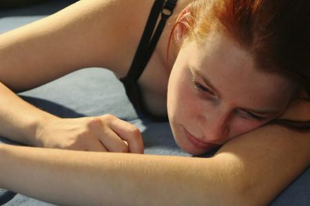 Más atención a la depresión postparto: podría afectar hasta por 11 años a las madres y en el comportamiento de sus hijos