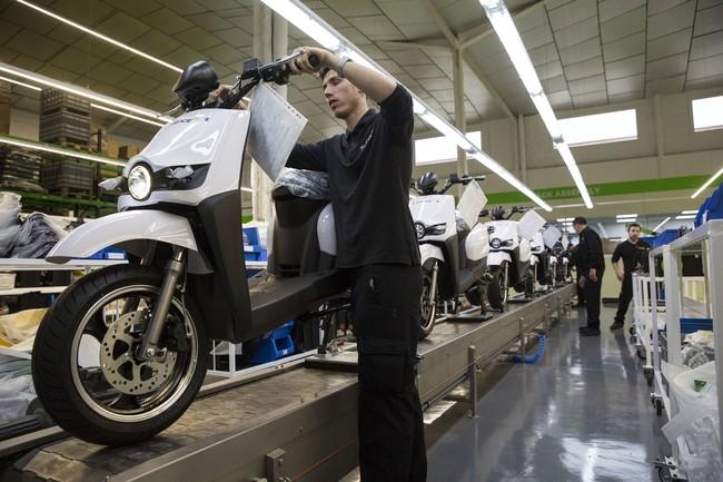 """""""Pagamos hasta un 42,5% de impuestos en las motos, las eléctricas necesitan un IVA reducido"""", según ANESDOR"""