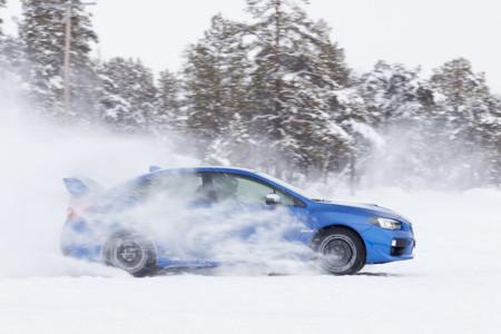 Subaru Snow Drive 2016