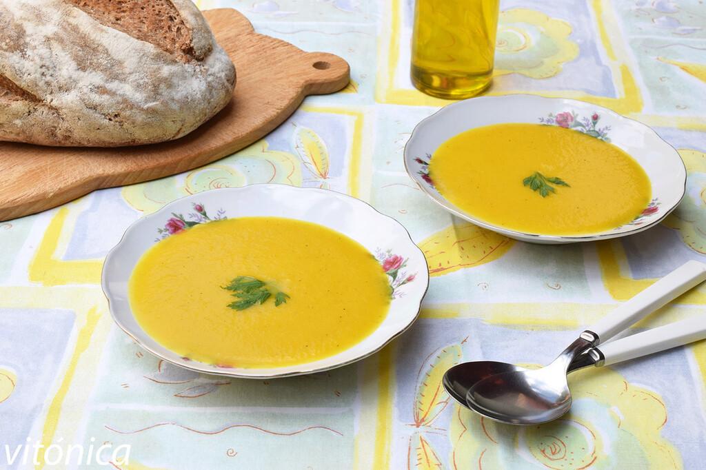 13 sopas y cremas frías bajas en hidratos que pueden ayudarte a perder peso en verano