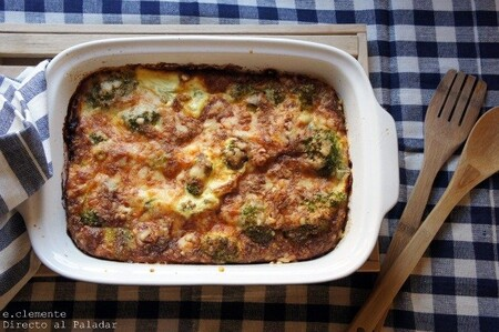 Gratinado de brócoli al horno con queso cheddar: receta de guarnición tan rica que la querrás sola